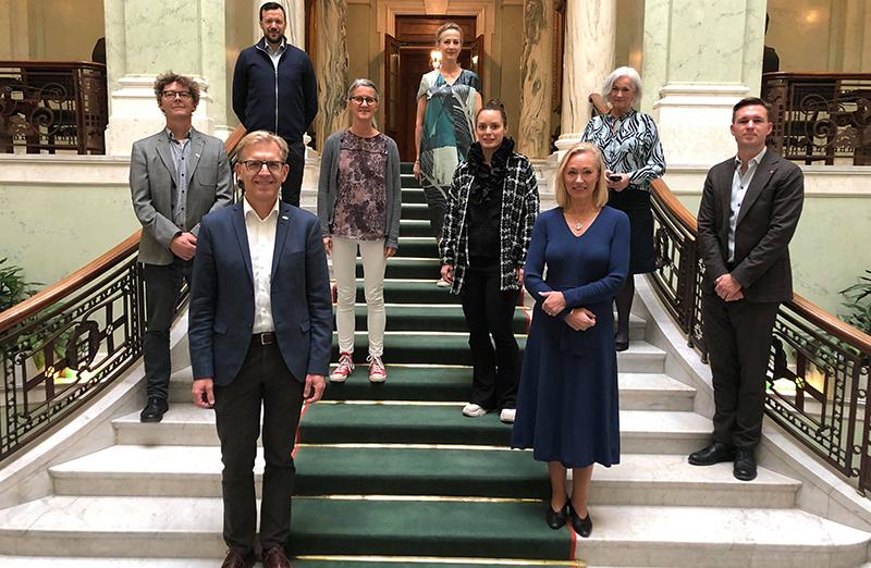 Riksdagen seminarium bd och sepsisfonden tillsammans med Acko Ankarberg Johansson